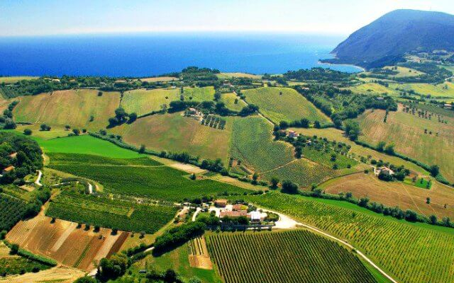 Browse villas and apartments in Abruzzo and Marche