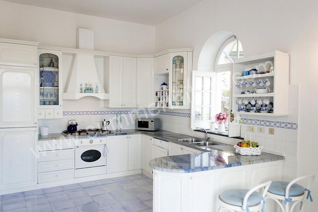 Cucine Moderne Ad Angolo Con Finestra. Beautiful Cucine Ad Angolo ...