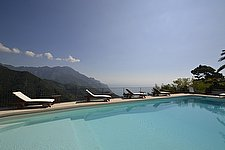 Click for more pictures of Villa Dante