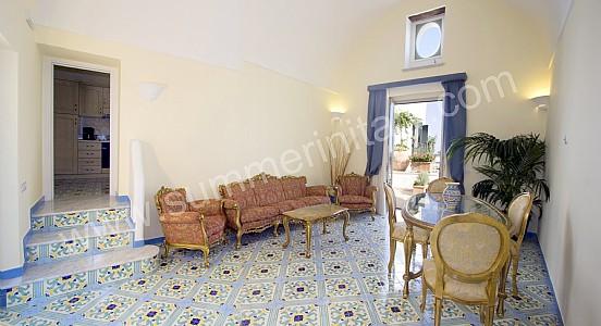 Casa alata casa vacanza in amalfi italy for Case di un livello
