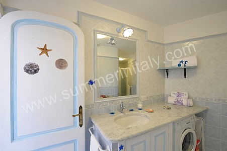 Casa sasa b casa in positano costiera amalfitana italy - Camera nascosta in bagno ...