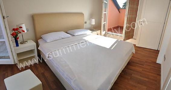 Camera da letto parquet - Camera da letto con parquet ...