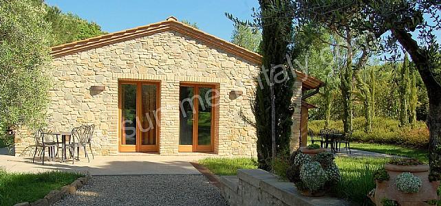 Villa iva a appartamento ammobiliato in montaione for Www ottenere un piano casa com
