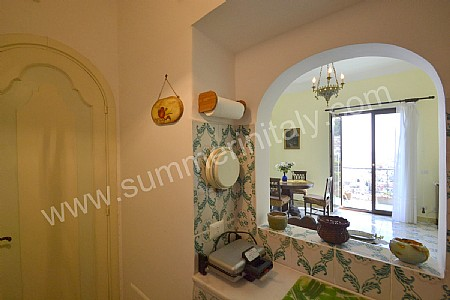 Casa gabi casa vacanza in positano costiera amalfitana - Arco tra cucina e salotto ...