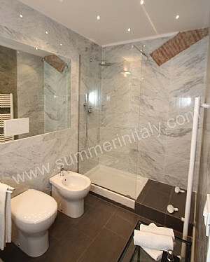 Appartamento corsino casa in firenze toscana italy - Camera nascosta in bagno ...
