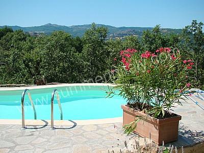 Casa arciere casa vacanza in castel del piano toscana italy for Piano del sito piscina