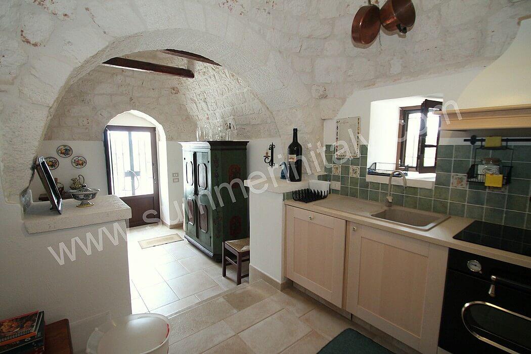 casa frutteto a: self catering apartment in martina franca, puglia ... - Soggiorno Cucina Con Arco