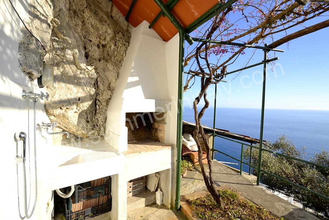 Casa dei cappuccini b appartamento ammobiliato in amalfi - Cucina sul terrazzo ...
