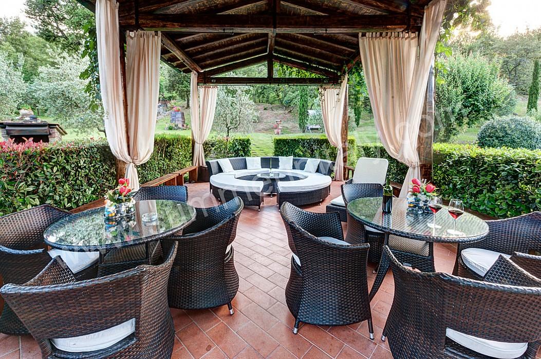 ... Area Barbecue Gazebo Esterno Con Cappa Camino In Acciaio on Pinterest