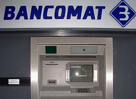 Using ATMs in Italy