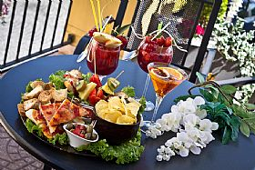 Aperitivi - Happy Hour Italian Style