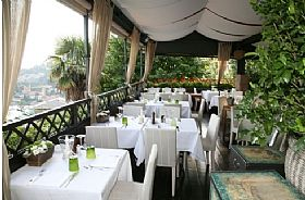 Ristorante Il Gatto Nero Restaurant In Lake Como Italy