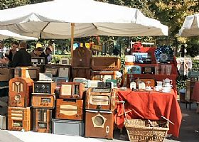 Antique Markets in Tuscany